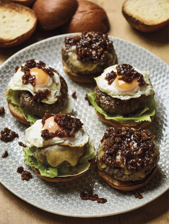Nadiya Hussain's Beef Burgers with Bacon Jam