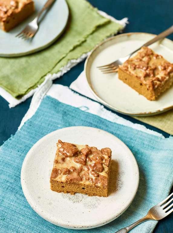 Nadiya Hussain's Caramelized Biscuit Traybake