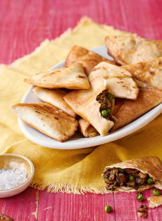 Nadiya Hussain's Easy Aromatic Meat Samosas