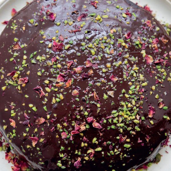Nigella Lawson Sumptuous Chocolate Cake