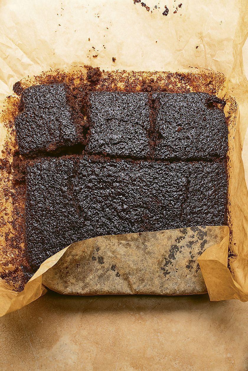 Nigella Lawson Vegan Bakes Gingerbread Recipe