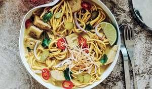 Khao Soi with Green Jackfruit | Vegan Noodle Recipe