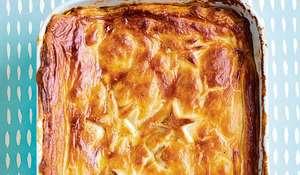 Quick One-tin Chicken, Leek and Chorizo Pie Recipe