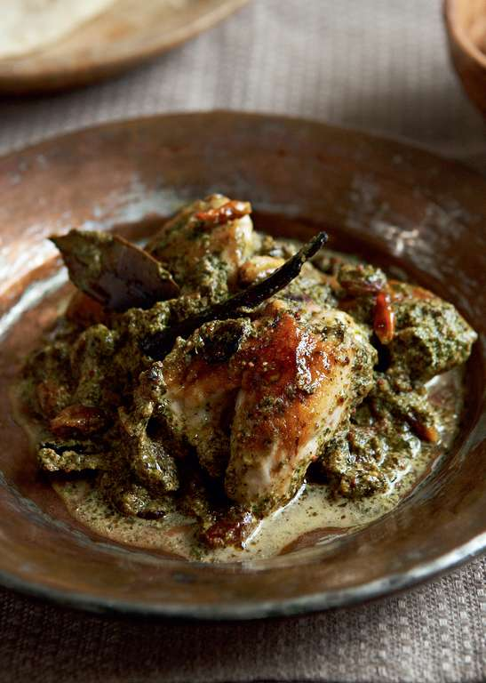 Chicken in a Spinach and Mustard Sauce