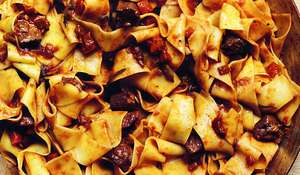 Pasta with Duck Sauce [ pappardelle al ragù d'anatra ]