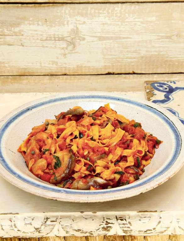 Tagliatelle with Aubergines, Tomato and Basil