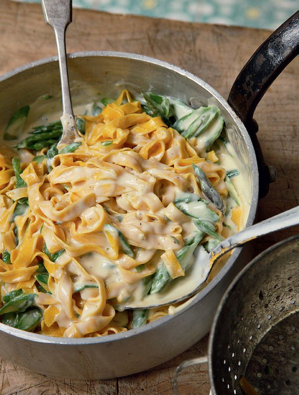 How to make your own pasta | tagliatelle with asparagus creme fraiche theo randall