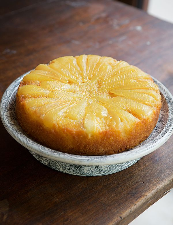 autumn baking pear and vanilla upside down cake how baking works