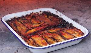 Aubergine and Mozzarella Bake (Melanzane Alla Parmigiana)