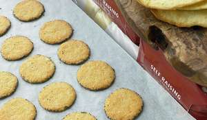 Ottolenghi's Parmesan and Poppy Biscuits
