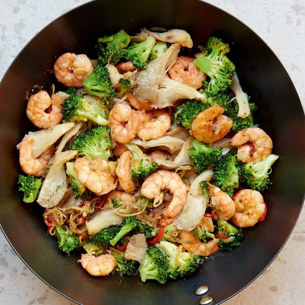Mary Berry King Prawn And Broccoli Stir Fry Bbc 2 Quick Cooking