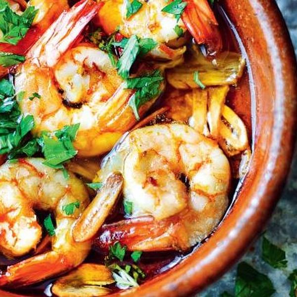 Prawns With Garlic Gambas Al Ajillo The Happy Foodie