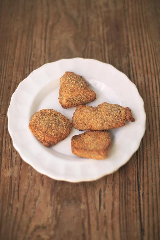 Proper Chicken Nuggets Sweet Paprika & Parmesan Crumb