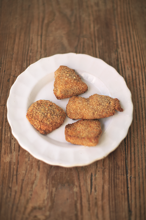 Proper Chicken Nuggets Sweet Paprika & Parmesan Crumb