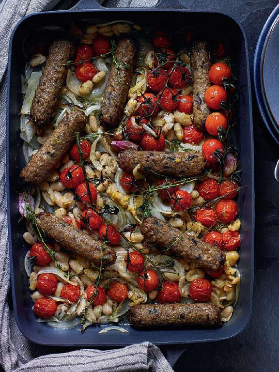 Braised Sausage All-in-one with Cherry Tomatoes, Cannellini Beans and Cider