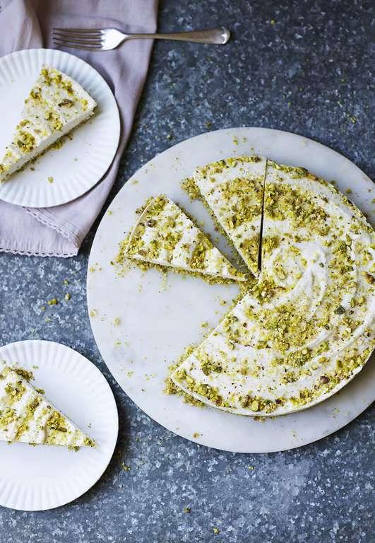 Raw Lemon 'Cheesecake' (Dairy-free)