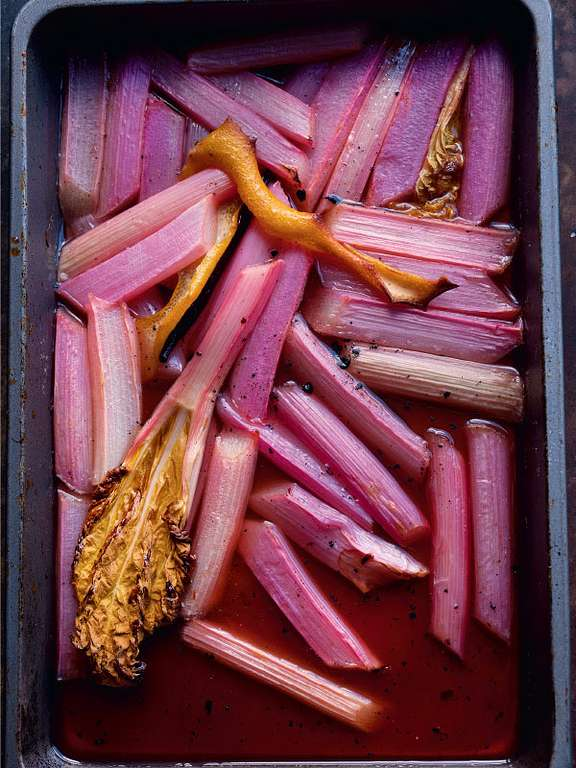 Baked Rhubarb with Sweet Labneh