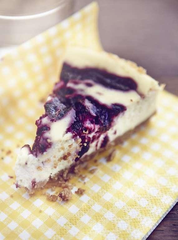 Blackberry Ricotta Cheesecake