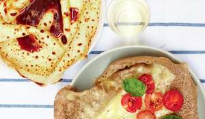 Crêpes et galettes (Pancakes and Buckwheat Pancakes)