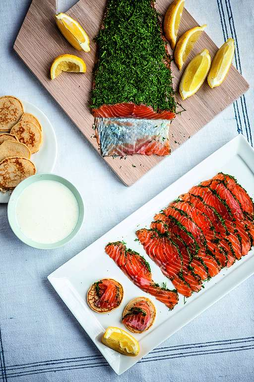 coriander gravlax recept yummly cured salmon gravlax with citrus and ...