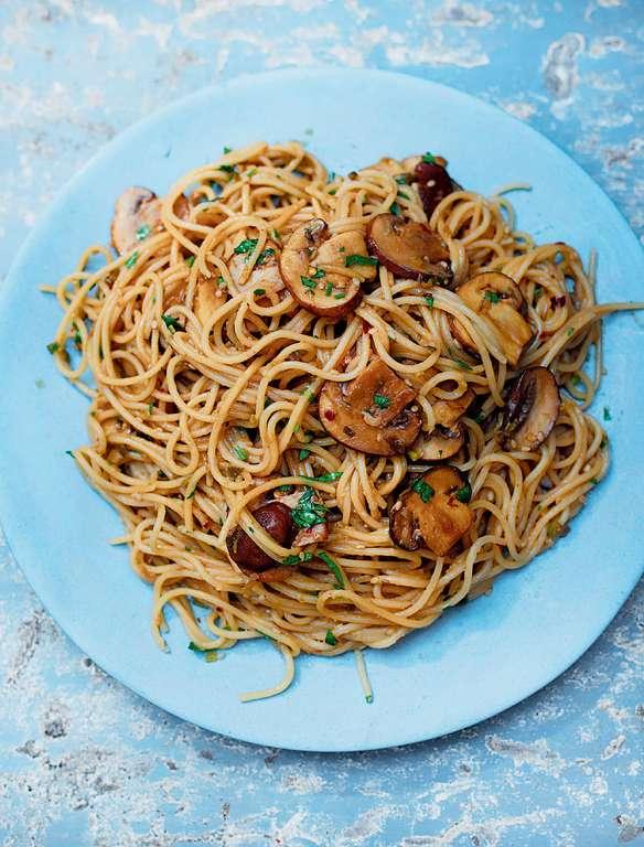 Spelt Spaghetti with Spicy Sesame Mushrooms