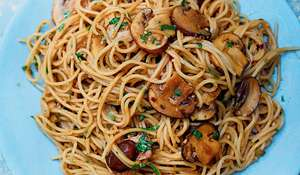 Spelt Spaghetti with Spicy Sesame Mushrooms