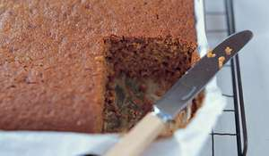Classic Sticky Gingerbread