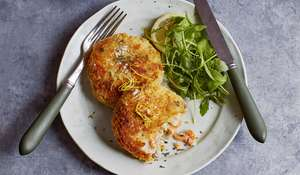 Smoked Salmon and Horseradish Fish Cakes with Garlic and Lime Mayo Recipe