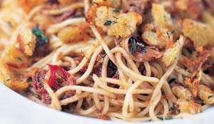 Jamie Oliver's Spaghetti with Anchovies, Dried Chilli and Fried Breadcrumbs