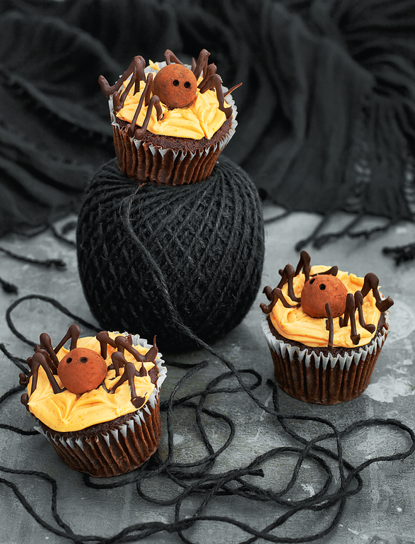 Spiders from Mars Cupcakes