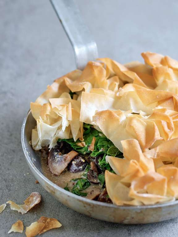 One Pan Mushroom and Spinach Pie