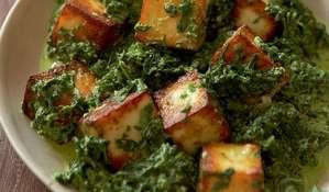 Spinach with Paneer (Saag Paneer)