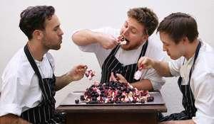 Blackberry Pavlova   Autumn Dessert Recipe