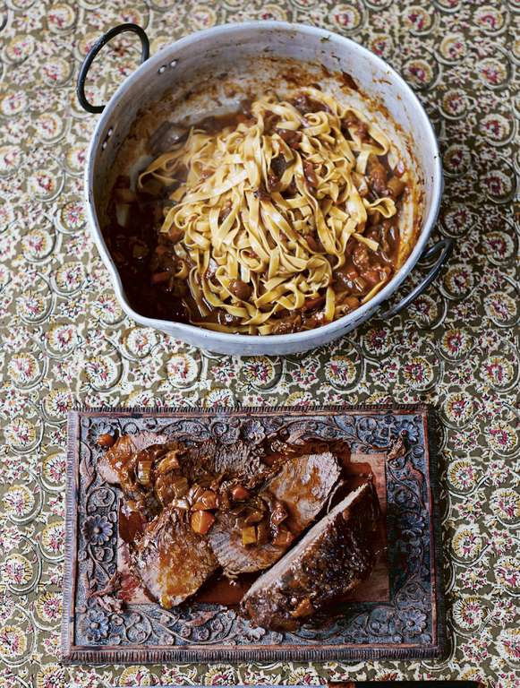 Jamie Oliver's Stracotto: Beautiful Slow-cooked Beef Ragú