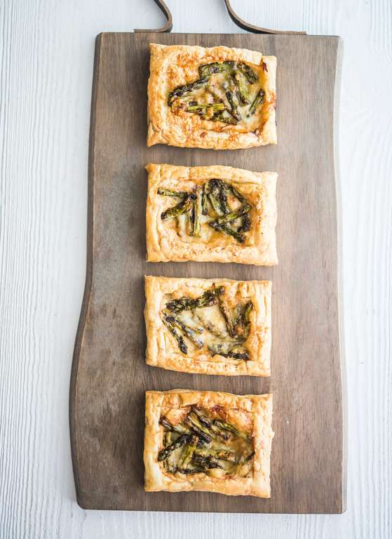 Three-ingredient Asparagus Tartlets