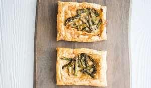 Three-ingredient Asparagus Tartlets Recipe