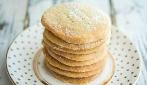 Three-ingredient Shortbread Rounds Recipe