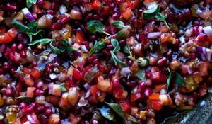 Tomato and Pomegranate Salad