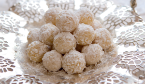 White Chocolate Snowball Truffles Recipe | Edible Xmas Gift
