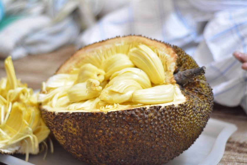 How To Cook With Jackfruit How To Prepare Cut Buy In The Uk