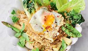 Jamie Oliver's Quick Veg Pad Thai Recipe | Meat-free Meals Channel 4