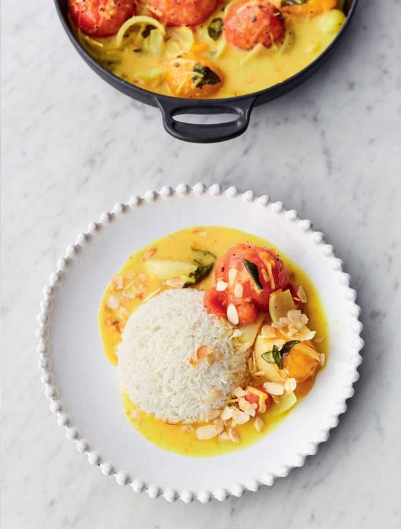 Jamie Oliver's Amazing Tomato Curry with Fragrant Spices, Saffron and Coconut Sauce, Toasted Almonds