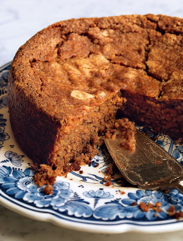 walnut cake with brandy