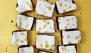 Mary's Ginger and Treacle Spiced Traybake