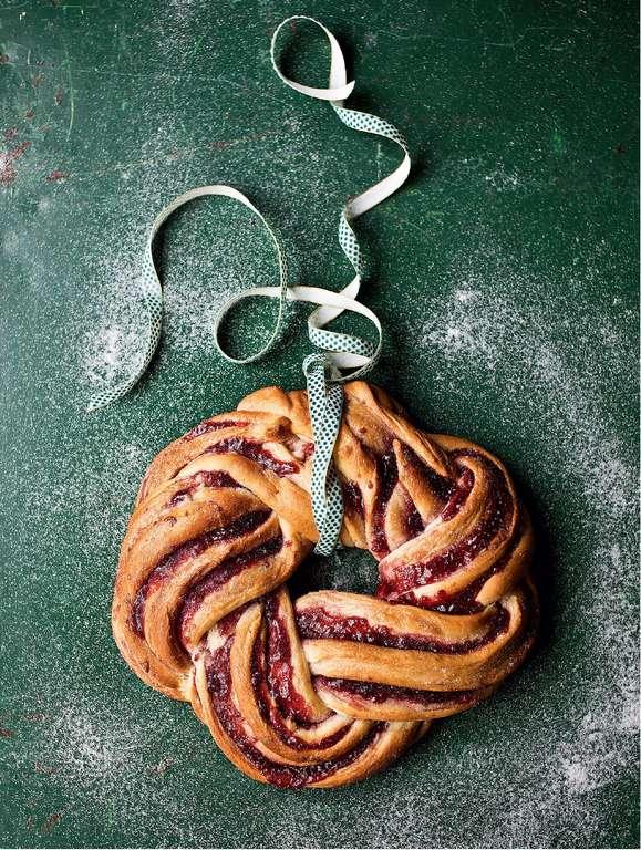 Cinnamon and Raspberry Whirl Wreath