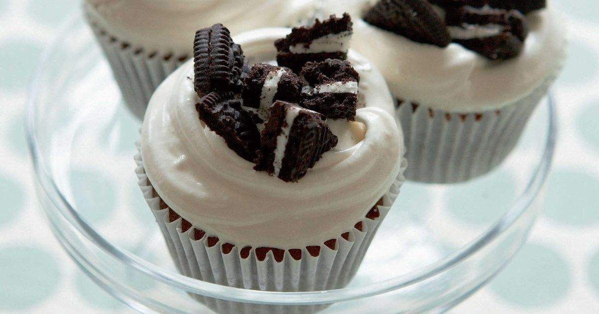 Cookies And Cream Cupcakes The Happy Foodie