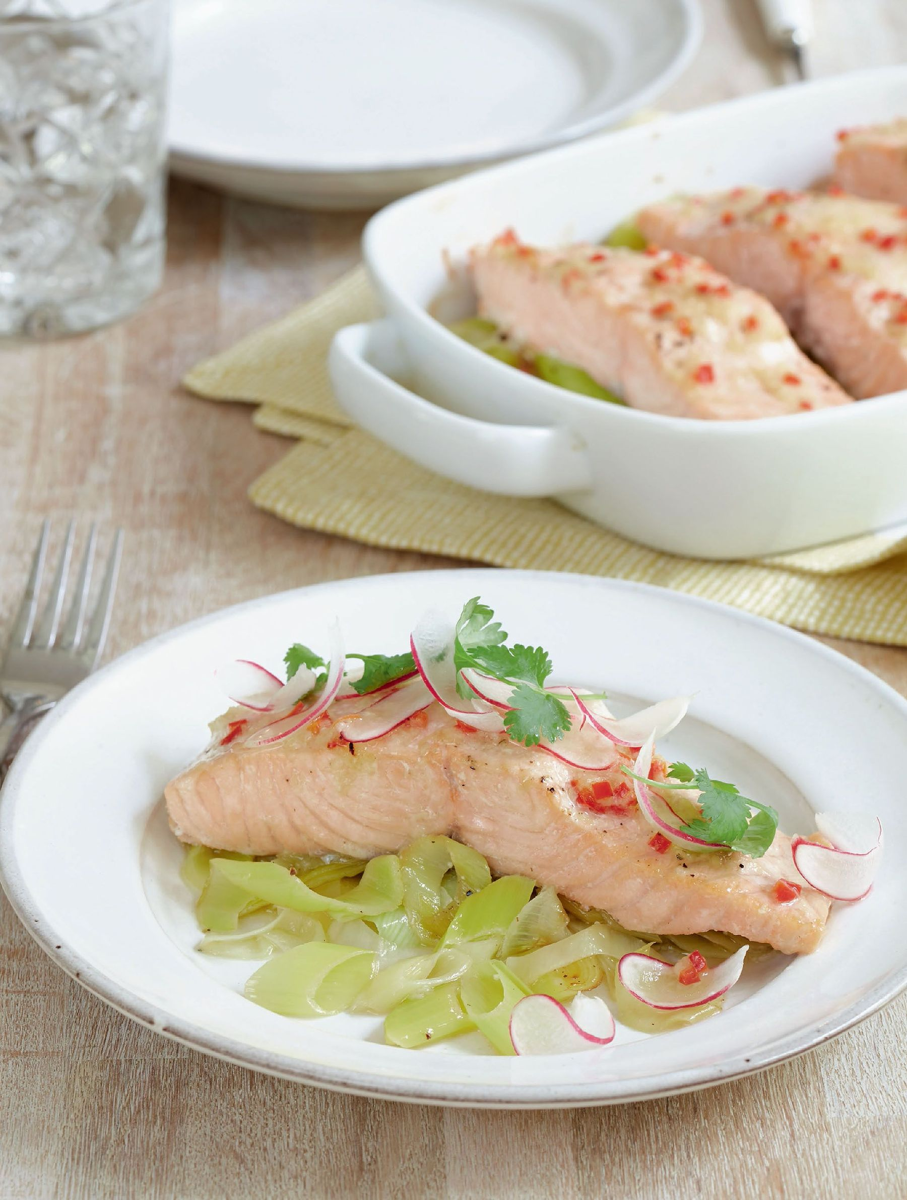 10 midweek family meal recipes from mary berry the happy foodie best mary berry dinner recipes forumfinder Choice Image