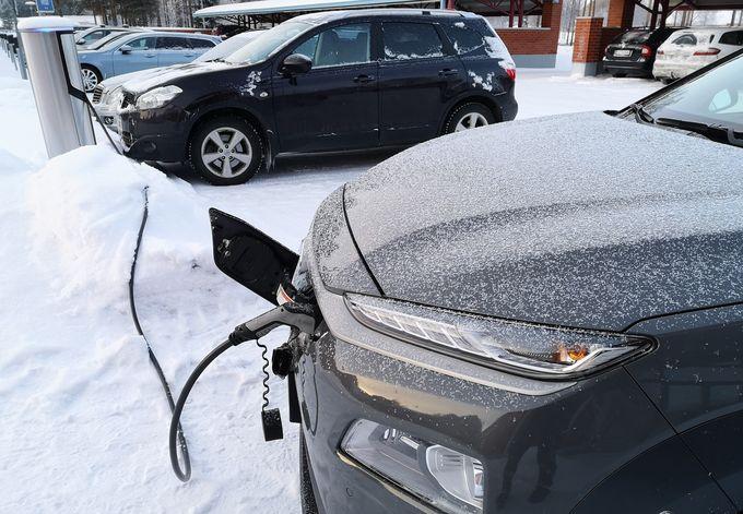 Sähköautot, lataus