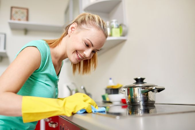 Keittiö, puhdistus, energiavinkki