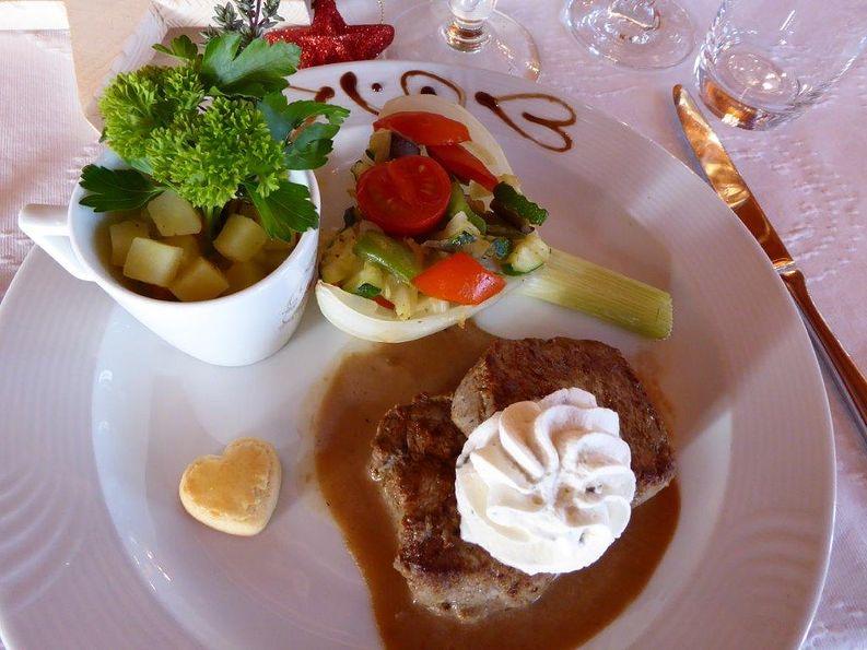 Überraschendes Herzmenü Gasthof Löwen Schangnau